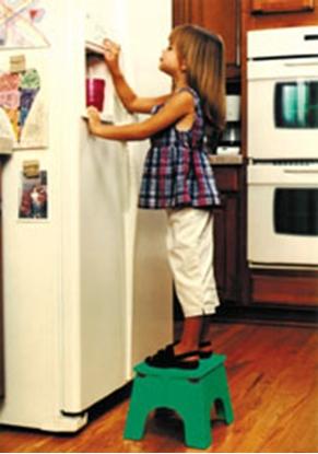 "Picture of B&R Plastics E-Z FOLDZ 9""H Green Plastic Folding Step Stool 101-6G 03-0969"